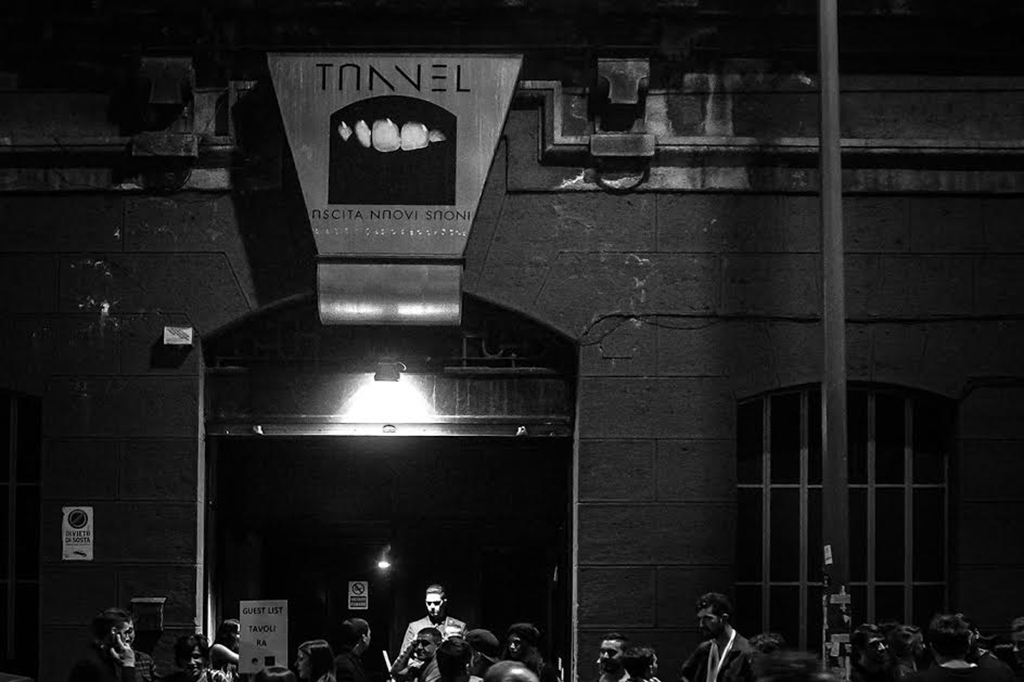 ingresso tunnel club milano